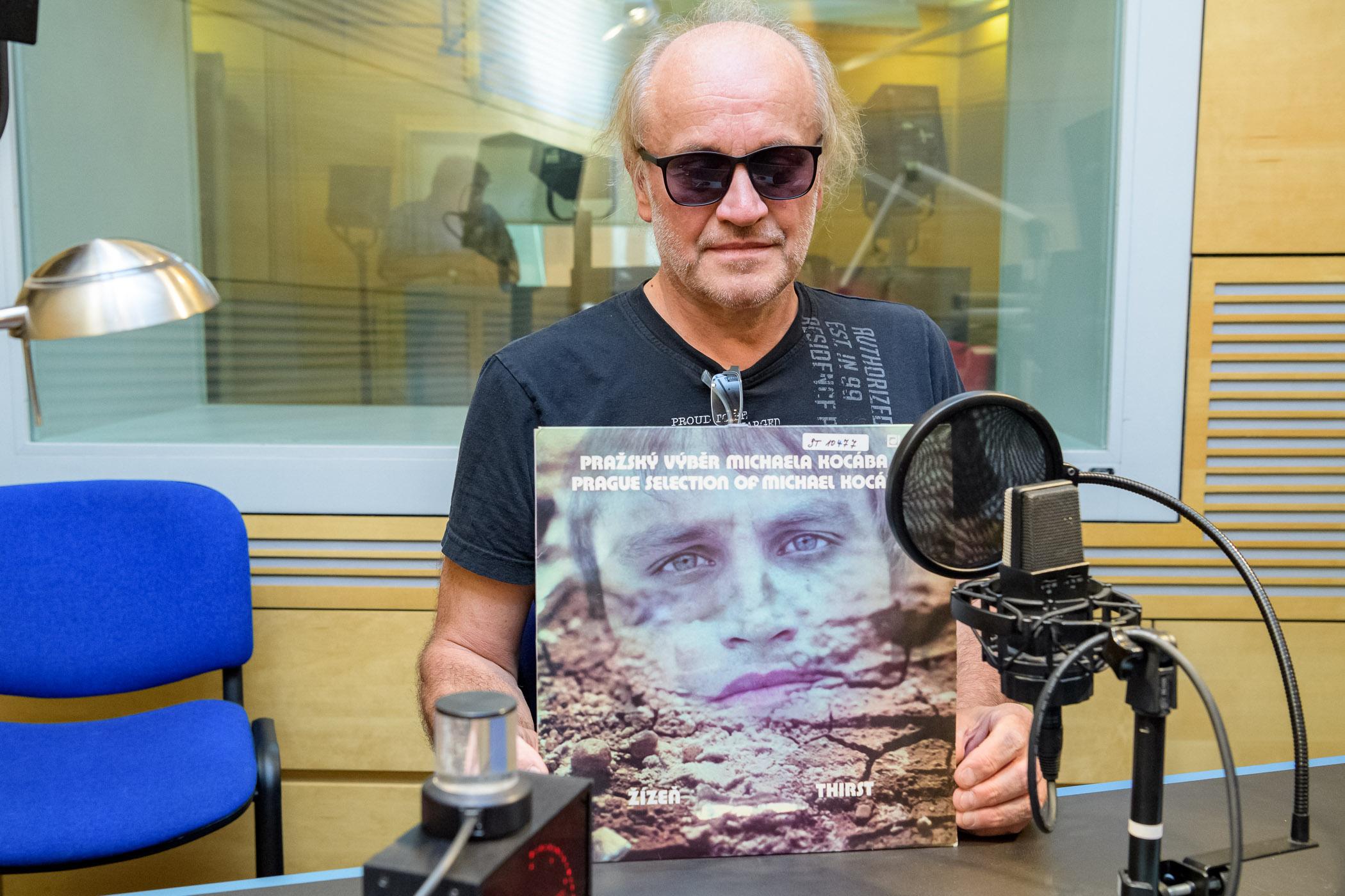 Michael Kocáb s albem Žízeň (1978) Pražského výběru