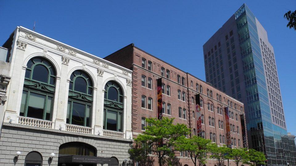Berklee College of Music: Koncertní sál, stará a nová budova