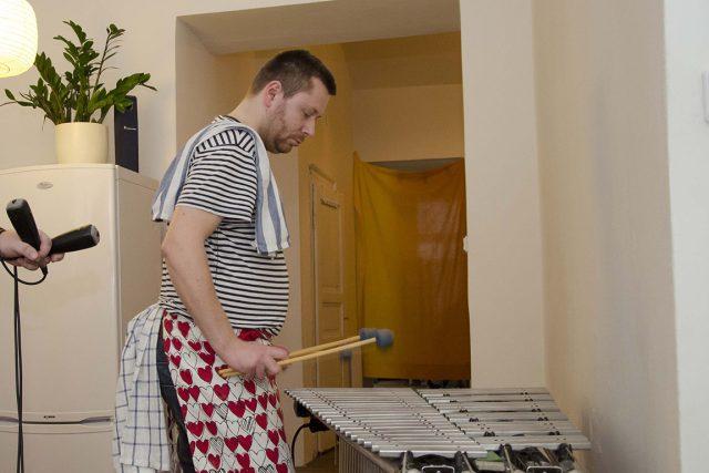 Bubeník Dano Šoltis: Není nad to si při vaření zahrát na vibrafon