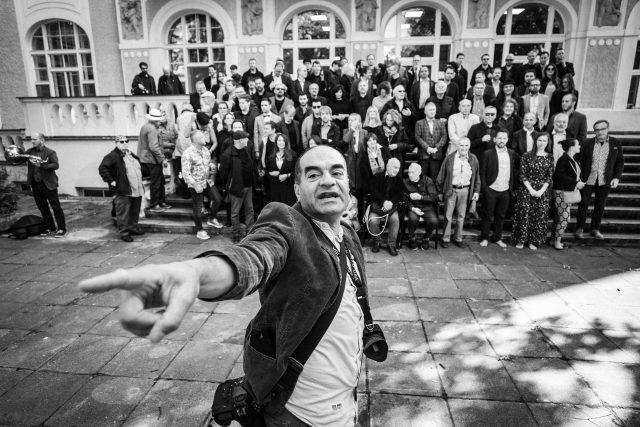 Fotograf Khalil Baalbaki při prác